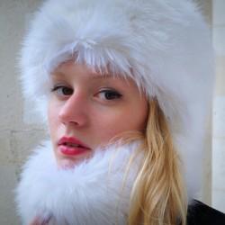 Chapka en fausse fourrure blanc écru