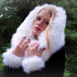 Col snood en fausse fourrure blanc écru à poils longs
