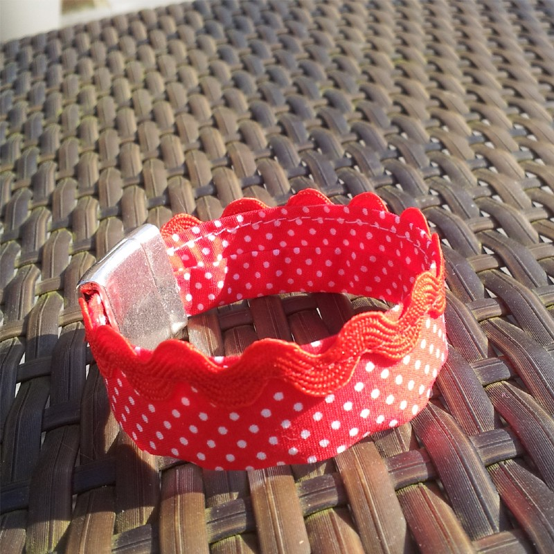 red polka dot print fabric 2cm cuff style bracelet bracelet. Black Bedroom Furniture Sets. Home Design Ideas