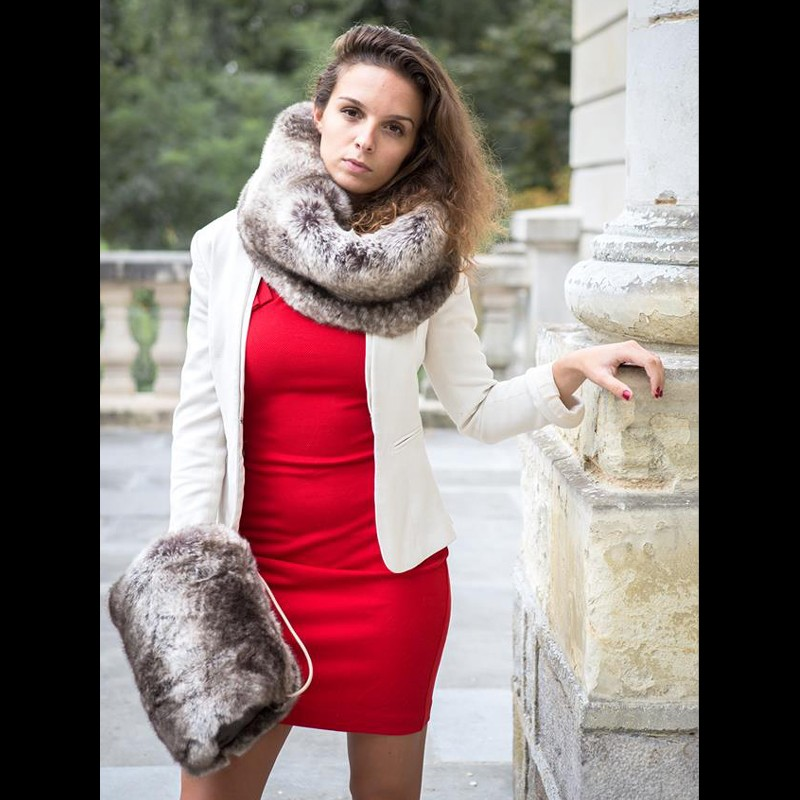 Manchon marron glac en fausse fourrure aline 39 s fashion - Plaid en fausse fourrure ...
