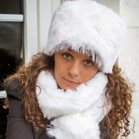 Tour de cou en fausse fourrure blanc neige