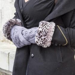 Gants gris bordés de fausse fourrure grise à imprimés léopard