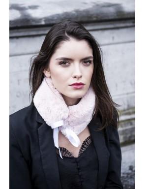 Lorine collar