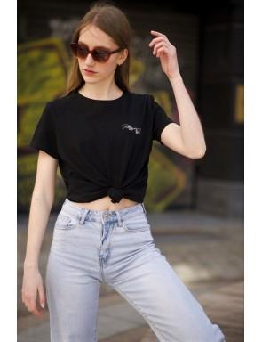 Tee-shirt Femme La création...