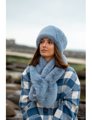 Faux fur Sandra crossed scarf