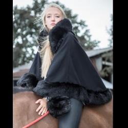 Cape en drap de laine et fausse fourrure noire