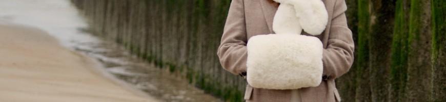 Muff in fake fur